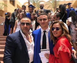 طلاق أحمد السقا وزوجته رسميا بعد زواج 20 عاما