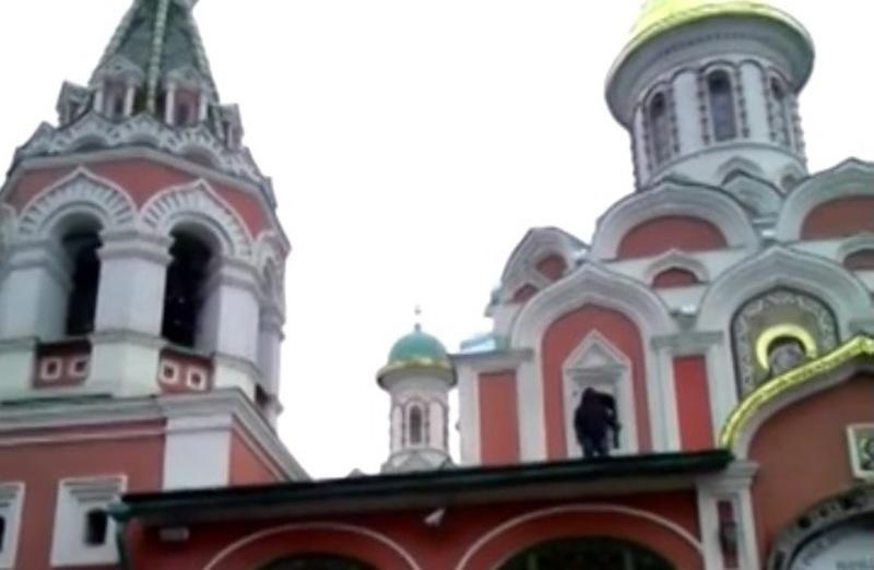 بالفيديو.. مسلم يصعد أعلى كنيسة image.php?token=925b58ad7db7538a161ab4dcbeb96e10&size=