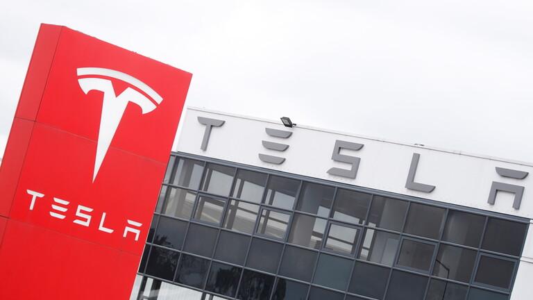 """شركة """"تسلا"""" تسحب 6 آلاف سيارة من السوق بسبب عطل تعهدت بإصلاحه"""