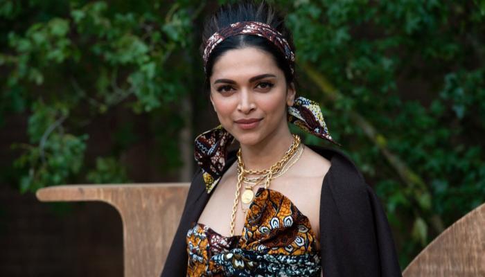 إصابة الممثلة الهندية ديبيكا بادكون بكورونا