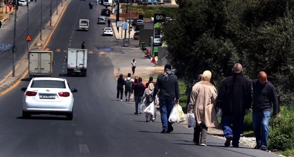 الأردن دون الألف إصابة بالتزامن مع إلغاء حظر الجمعة