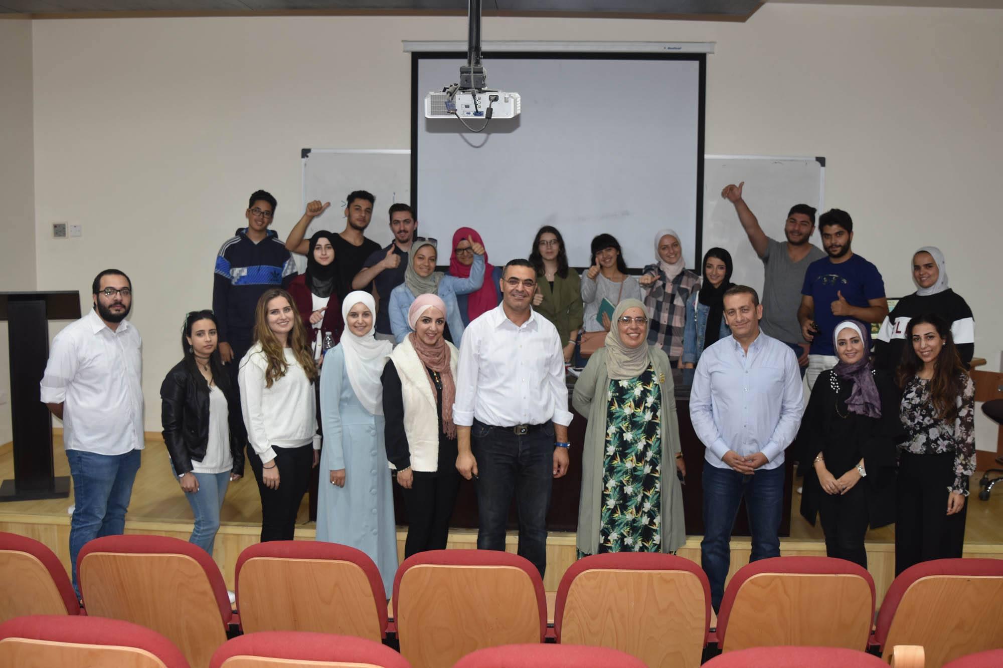 بالصور ..  كلية العمارة والتصميم بجامعة البترا تنظم لقاءًا ترحيبيًا لطلبتها