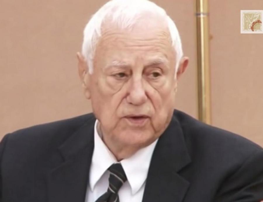 اسرة جامعة البترا تنعى د كامل ابوجابر نائب رئيس مجلس امنائها