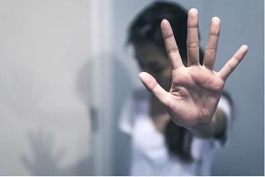 الاعتداء على شاب من جنسية عربية في إربد ..  والأمن يحقق