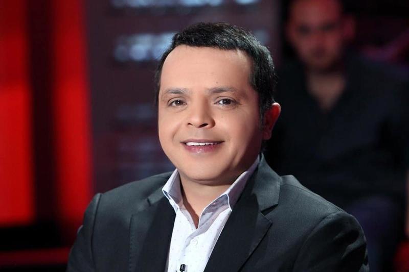 بالصورة ..  محمد هنيدي يستعرض وسامته ويمنح التريند لبهاء سلطان