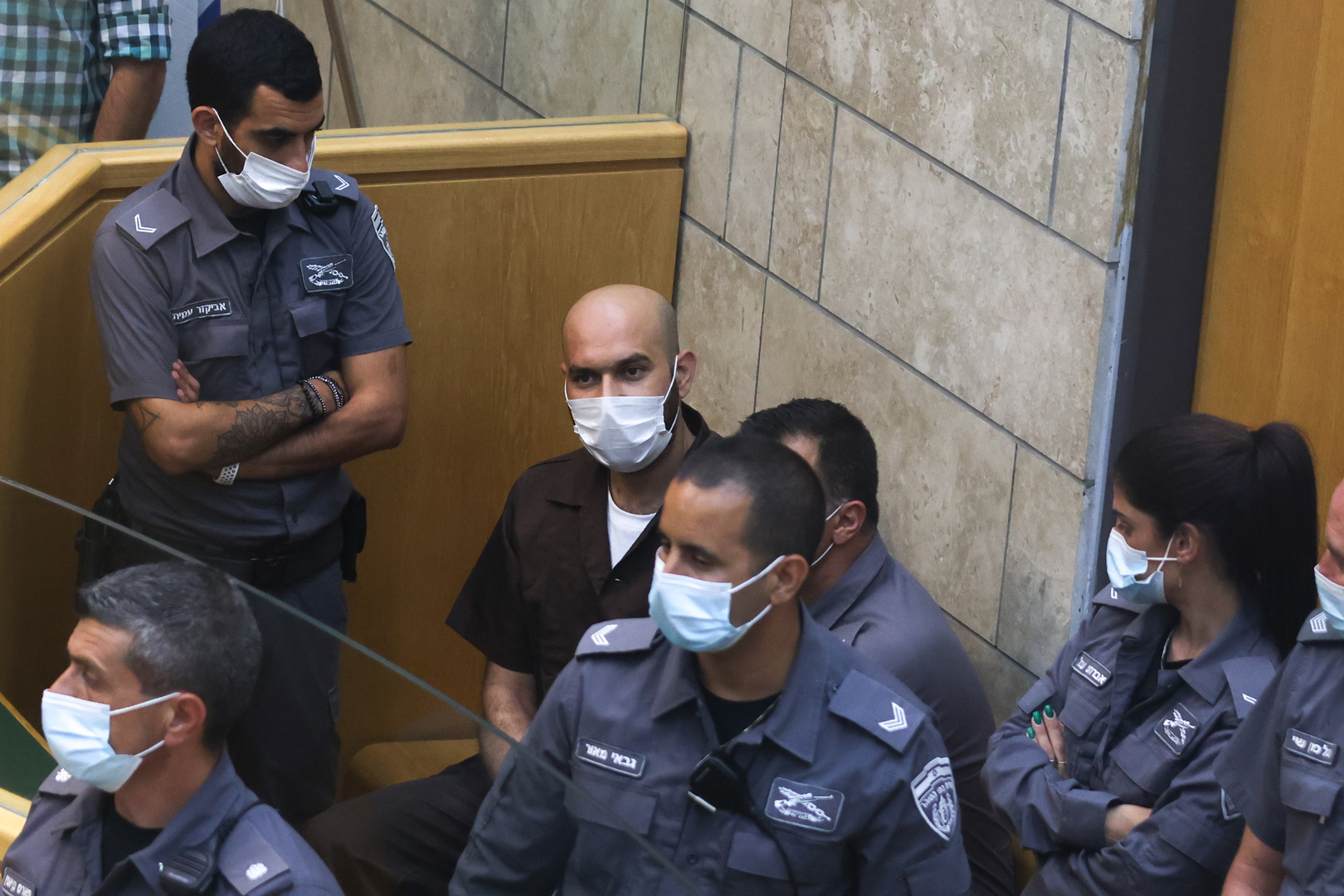 بالفيديو : قيادي فلسطيني يكشف عن خطأ ارتكبه الأسيران كممجي ونفيعات أدى إلى اعتقالهما