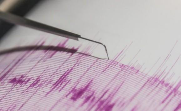 زلزال قوي يهز إندونيسيا