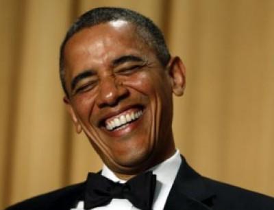 """أوباما ساخرا: """" لم أعد الشاب الاشتراكي المسلم القوي كما كنت في الماضي """""""