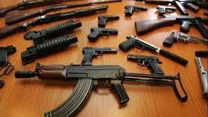 اربد : الأمن يضبط أسلحة أثناء تفتيش منزل في منطقة كفريوبا
