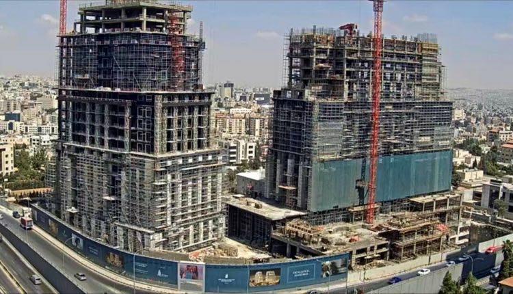 """احتجاجاً على سياسات الحكومة  ..  إيقاف بناء فندق """"الريتز كارلتون"""" في عمّان وعرضه للبيع"""