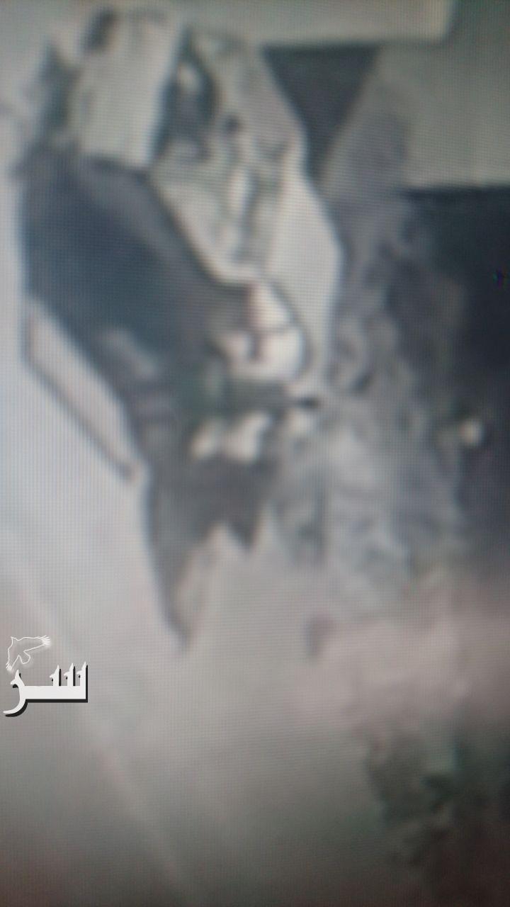 بالفيديو والصور.. شاهدوا كيف أضرم عشريني النيران منتصف الليل بمركبة مواطن بالكرك
