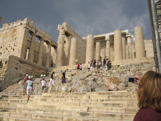 بالصور  ..  أجمل ما يمكنك القيام به في اليونان