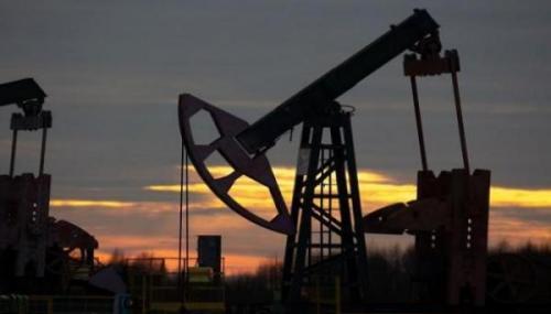 أسعار النفط تقفز 5%