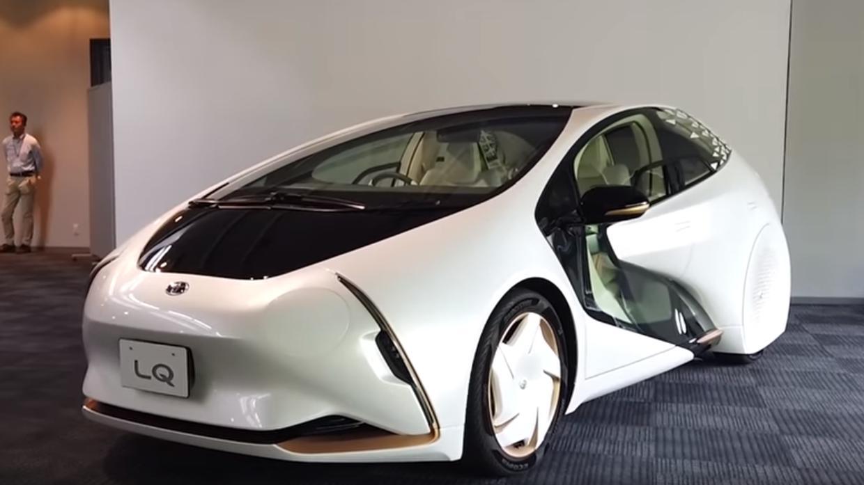 """""""تويوتا"""" تدخل عالم السيارات الكهربائية بمركبة متطورة"""