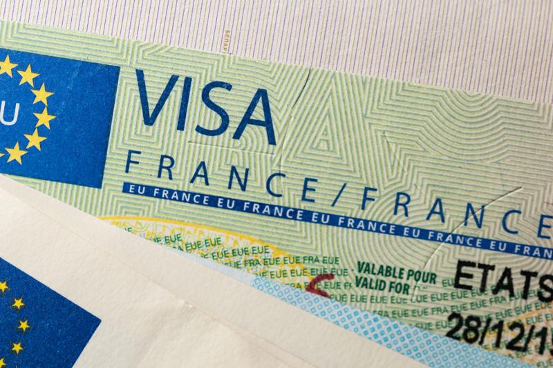 فرنسا تستأنف إصدار التأشيرات من السعودية الأسبوع المقبل