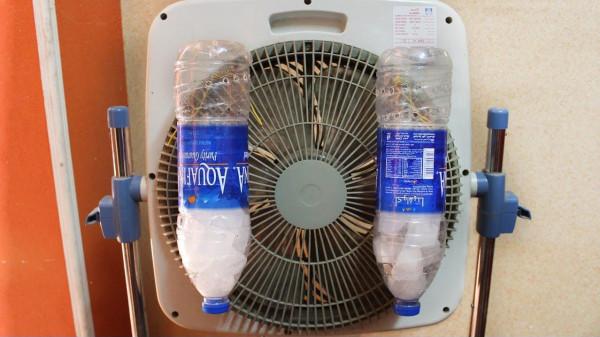 """بـ""""ملح وماء ومروحة"""" ..  طريقة عمل مكيف هوائي في المنزل   ..  صور"""