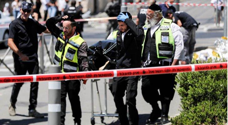 إصابة ثلاثة مستوطنين بعملية طعن في القدس المحتلة