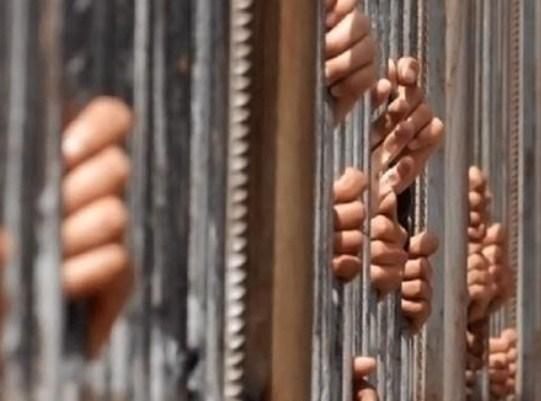 (34) حدثاً موقوفاً على جرائم قتل و (724) على قضايا سرقة في الاردن