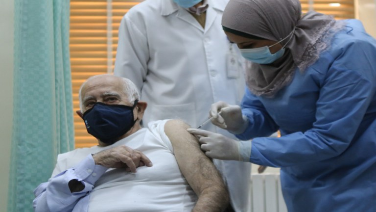 30 ألفا تلقوا لقاح كورونا حتى الآن في الأردن