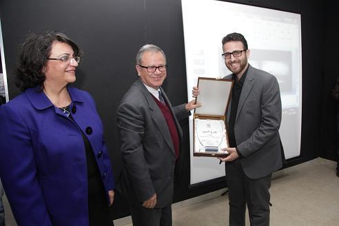 المولا يكرم خريجين فائزين بجائزة الهندسة المعمارية على مستوى الوطن العربي