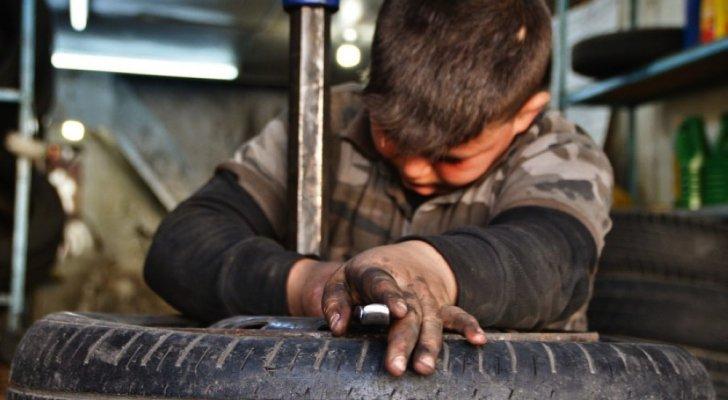 تضامن: 44917 طفلا منهم 2393 طفلة يعملون أعمال خطرة بالأردن