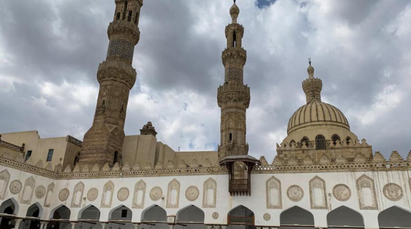مصر تُعد خطة لفتح المساجد