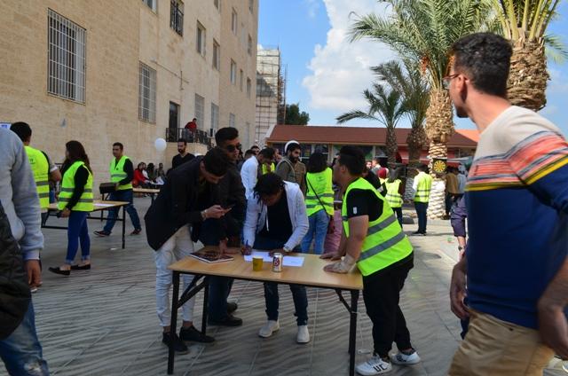 """مكتب الارشاد الوظيفي ومتابعة الخرجين في """"عمان الاهلية """" ينظم لقاءا تعريفيا للطلبة"""