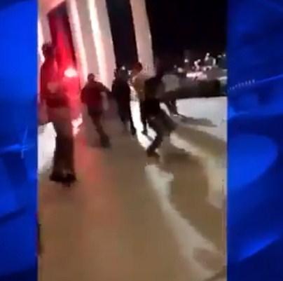 شاهد  ..  مغتربون اردنيون يبثون فيديو للحظة اطلاق نار في مول بأمريكا