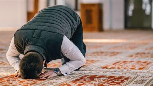 هل أحصل على ثواب الجماعة حال إدراك الإمام قبل التسليم  ..  أمين الفتوى يجيب