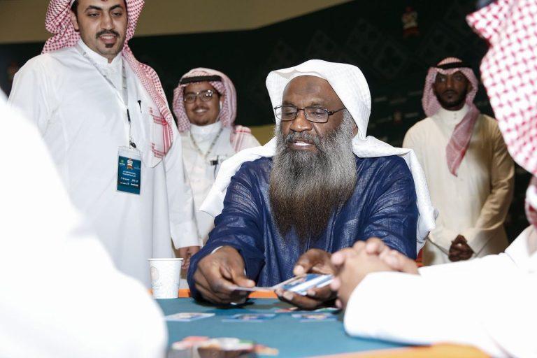 بالفيديو  .. هذا ما قاله إمام الحرم الأسبق عادل الكلباني عن انشاء دور السينما في السعودية