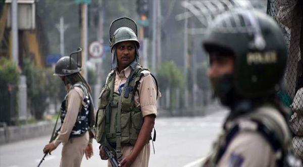 الهند  ..  إجبار رجل على المشي عارياً في الشوارع لمدة 45 دقيقة