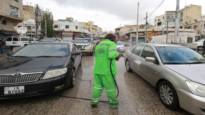 تواصل فصل العمال بذريعة كورونا و ارتفاع معدل البطالة إلى 19.2% في الأردن  ..  أرقام صادمة
