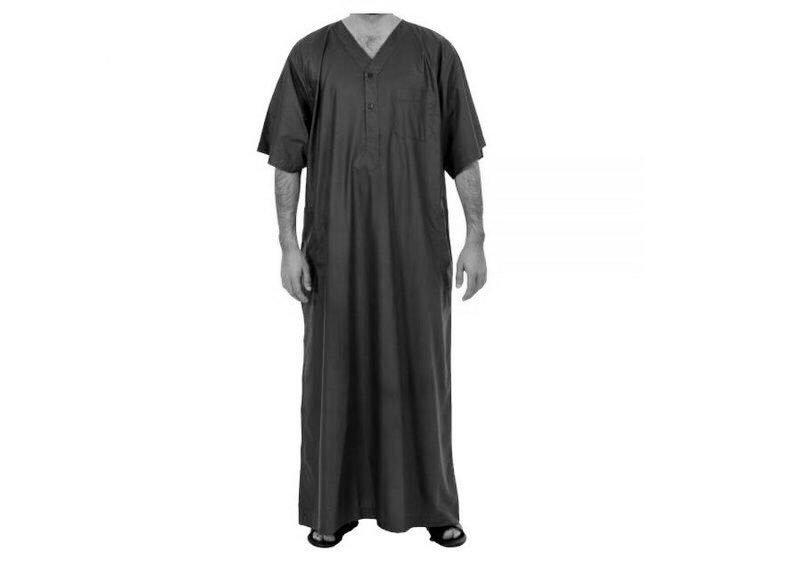 """السعودية ..  السماح بارتداء """"ثوب النوم"""" في أماكن محددة يثير جدلًا"""