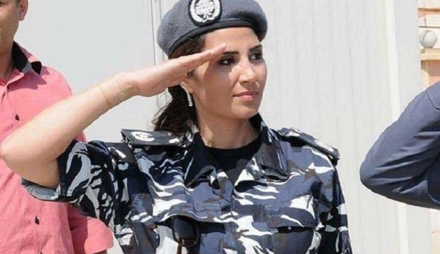 """بالصور  ..  حسناء الشرطة اللبنانية أمام القضاء بعدما ساقت بألاعيبها الكثيرين إلى السجن """"تفاصيل"""""""