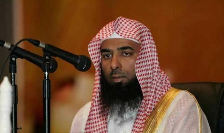 """إمام الحرم النبوي يرد على فتوى مظهر شاهين بتطليق """"الإخوانية"""""""