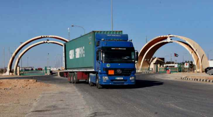 البدء بالسماح للشاحنات الأردنية دخول الأراضي العراقية