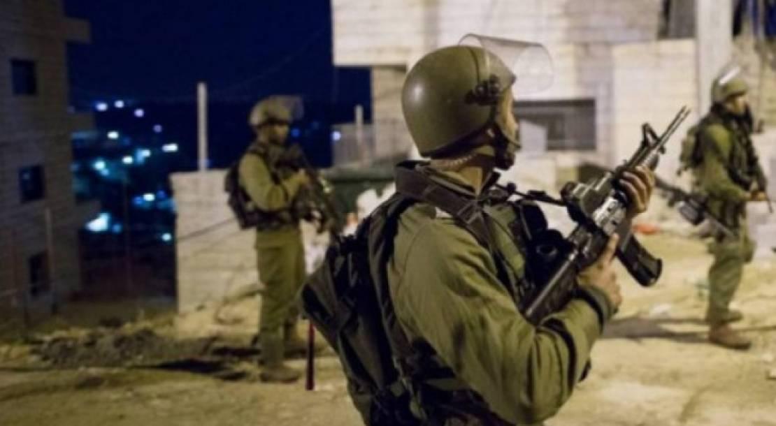 الاحتلال يعتقل ثلاثة شبان من بيت لحم وطولكرم