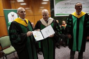 جامعة اليرموك تمنح الدكتور عدنان بدران درجة الدكتوراة الفخرية في الإدارة