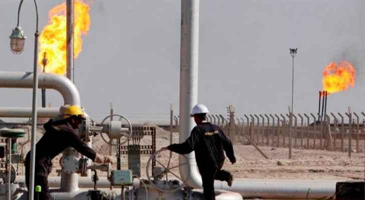 أسعار النفط تستقر على انخفاض