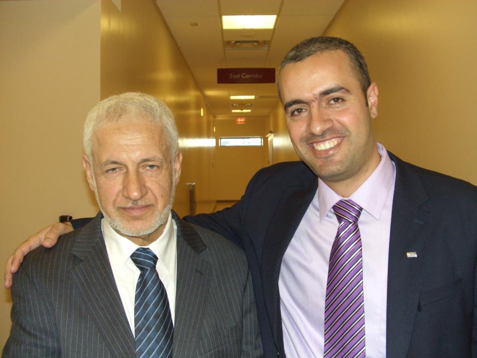 الدكتور محمد سعادة مبارك الترقية