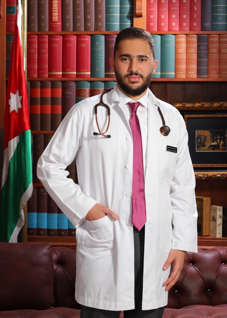 حمزه محمود الحمايده  ..  مبارك التخرج