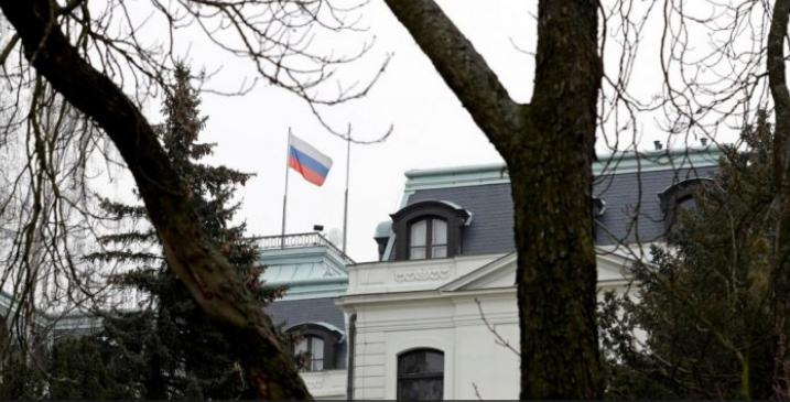الحكومة التشيكية تطرد 18 دبلوماسيا روسيا لاتهامهم بالتجسس