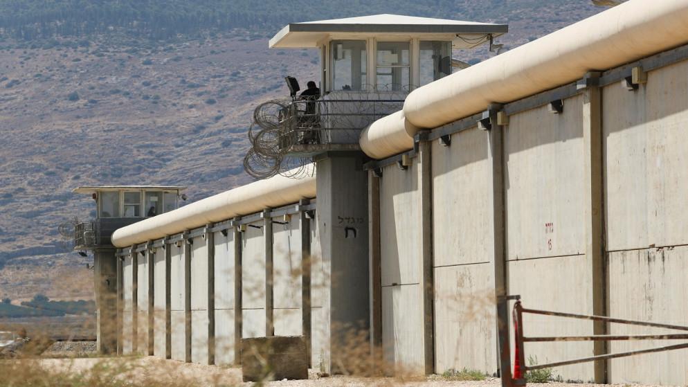 معاناة 6 أسرى فلسطينيين من أوضاع صحية صعبة نتيجة إضرابهم المفتوح عن الطعام