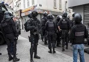 """فرنسا : مقتل """"قس"""" في عملية احتجاز رهائن من قبل مسلحين"""