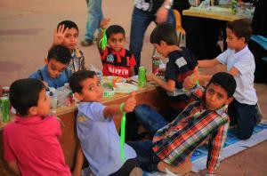 افطار مبادرة نخوة نشامـــى ونشميات الأردن للايتام في جبل الحسين - صور