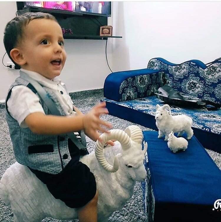 بالوثائق ..  طفل مهدد بفقدان حياته يناشد الحكومة وأهل الخير بالمساهمة في علاجه