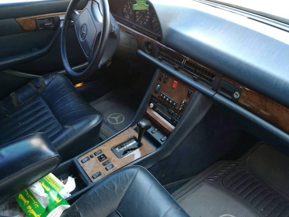 بالصور  .. سيارة مرسيدس 300 SE للبيع