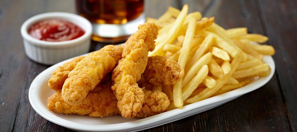 دراسة : الأطعمة المقلية مرة أسبوعيا خطر على القلب