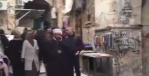 اسرائيل تعتقل ثلاثة من حراس المسجد الأقصى التابعيين لوزارة الاوقاف