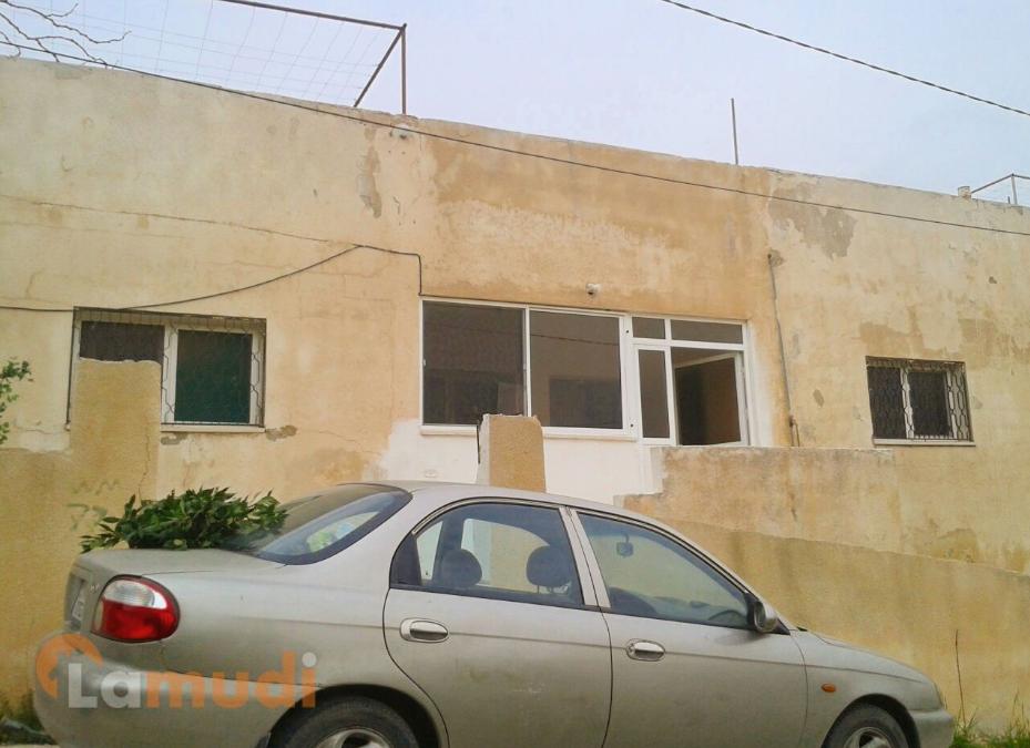 بالصور .. منزل مستقل ومسوّر (3 غرف نوم) مع حديقة للبيع في عجلون - بين عبين وعبلين
